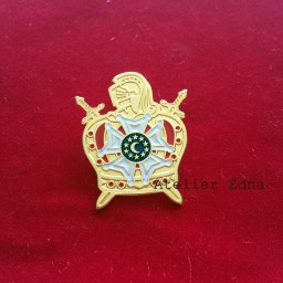 Botton 241 Demolay 35 x 28 mm
